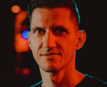Sven Tasnadi drops Bridges LP on Moon Harbour!